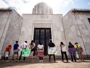 8-9-2019–Student's Host Climate Demonstrations