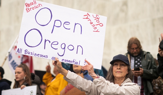 5-07-2020–Hundreds gathered at Oregon Capitol to #ReOpenOregon